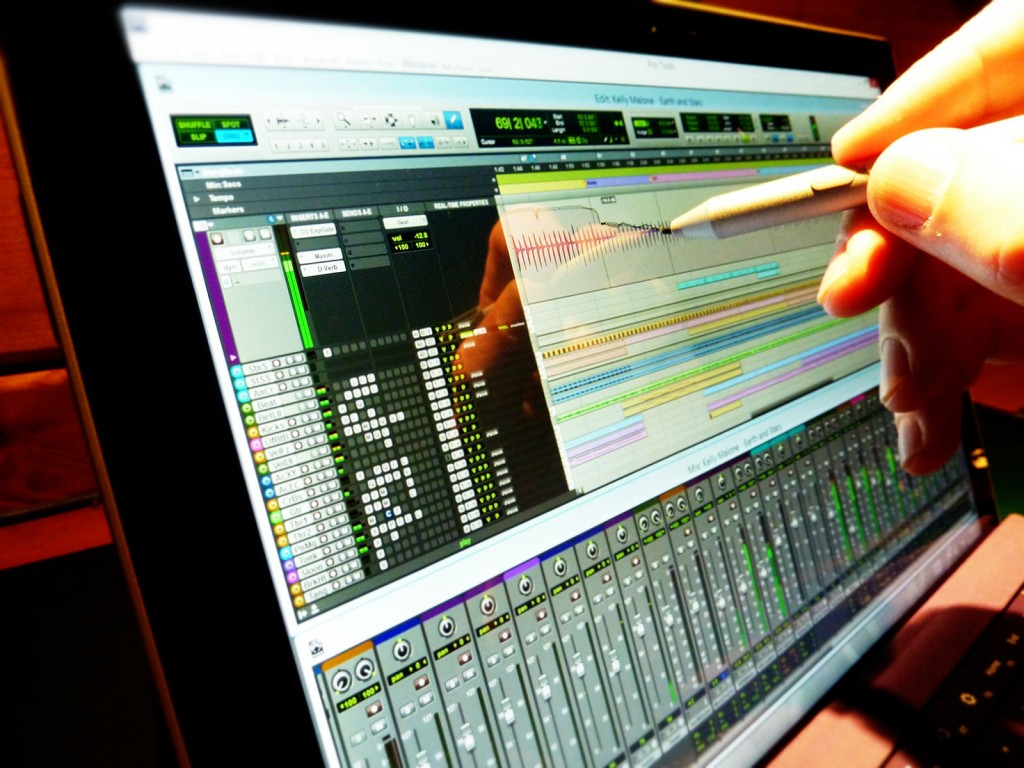 Surface Pro Audio - Making Music on the Microsoft Surface