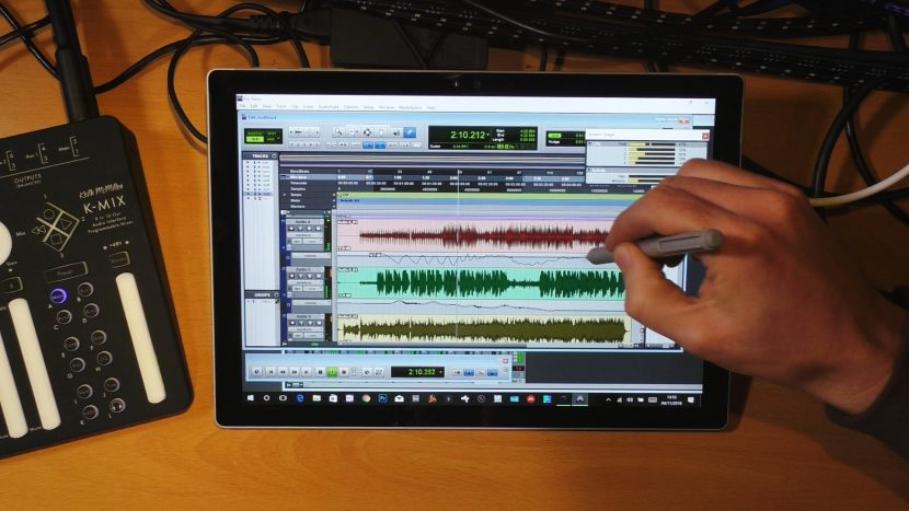 Surface Pro 4 with Pro Tools